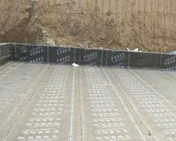 屋顶铺设防水